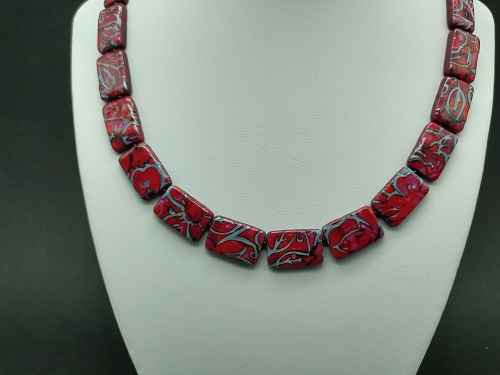 Collier rouge 2 rectangle